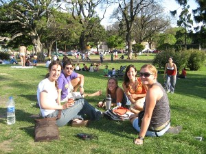 Ceri with friends in a park in Buenos Aires