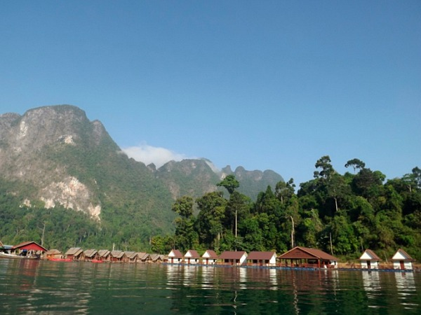 thailand floating raft huts