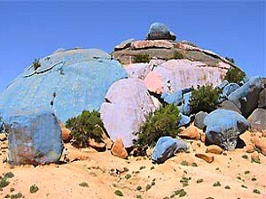 painted rocks in morocco