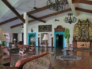 View inside the foyer of a hotel in Niaragua