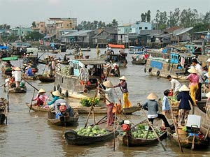 Floating markets on the Mekong River in Cambodia