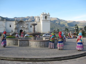 Locals in traditional dress in Cuzco
