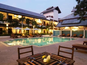 Thailand chiang mai hotel outdoor pool with sitting areas