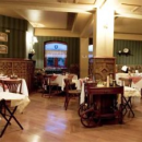Punta Arenas hotel restaurant tables and chairs