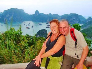 couple at halong bay
