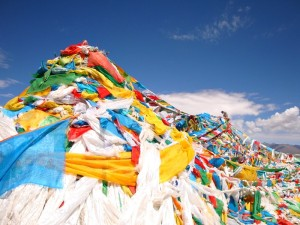 prayer flags in tibet
