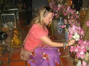 thailand travel specialist chloe in temple