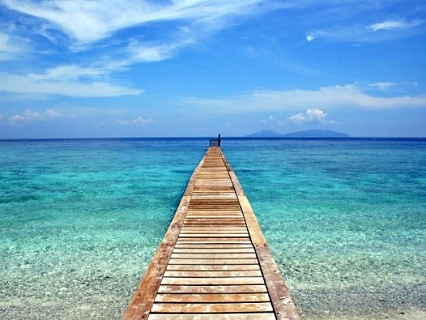 jetty over turquiose water in malaysia
