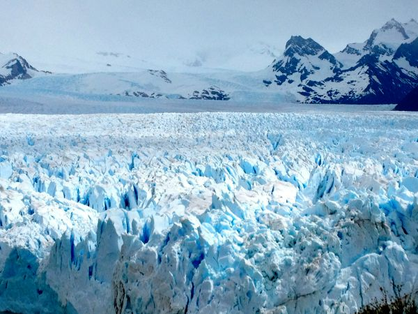 Argentina-Perito-Moreno-Spread-of-the-iceberg