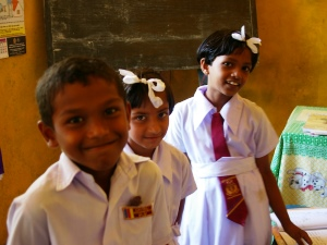 local sri lankan school children