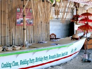 Indonesia-bali-candidasa-cooking-class-work-station