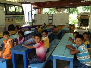 children in sri lanka local project classroom