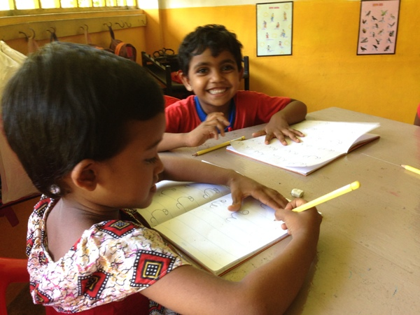 sri lanka children in the classroom