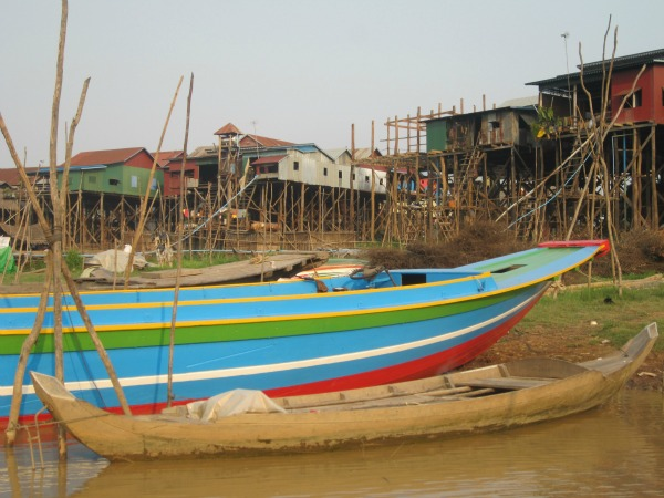 Cambodia-tonle-sap-lake-boats