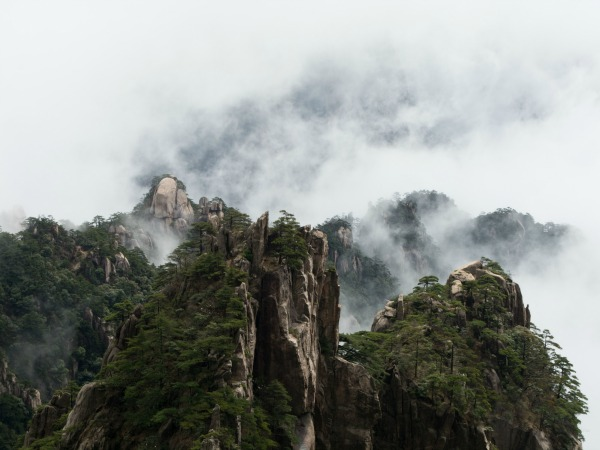 China-Huangshanlandscape-view-yellow-mountain-customer-kelly