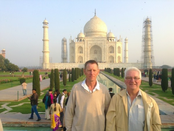 india-customer-john-vicky-stepdad-taj-mahal