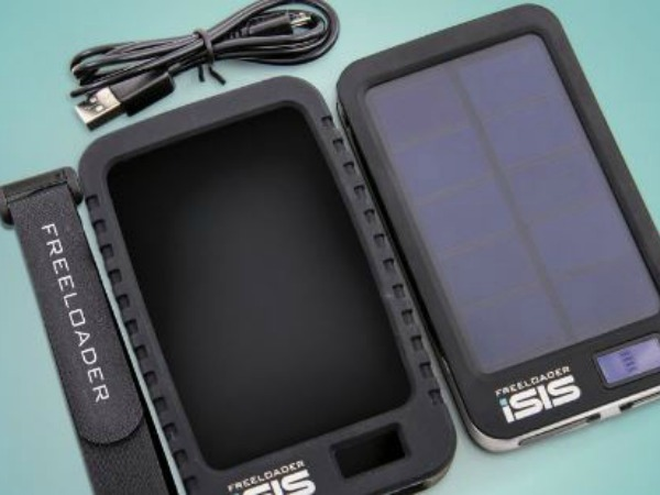 solar-charger-ethical-superstore-christmas-blog-post