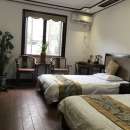 Cottage bedroom accomodation in Tongli China
