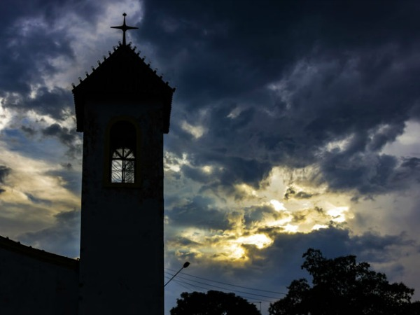 Photography Tips - Church at golden hour sunset Brazil