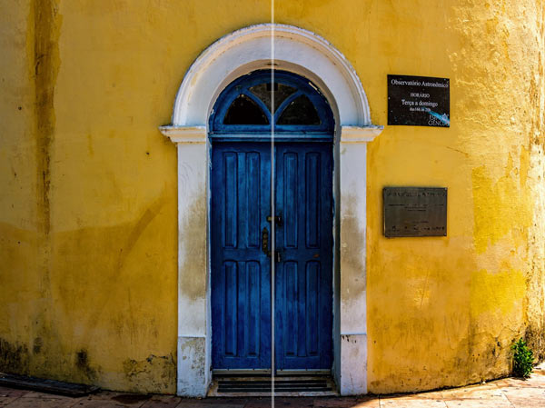 Photography Tips - Symmetrical doorway in Olinda Brazil
