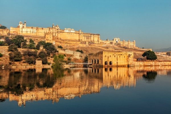 amer fort in jaipur rajasthan india