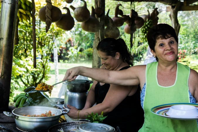 local women cooking class juanilama