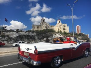 City Tour by Classic Car & on Foot
