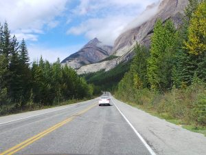 self drive along the road in canada
