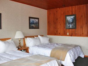Two beds at the Icefield Parkway Motel