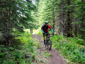 Mountain Biking in Sun Peaks