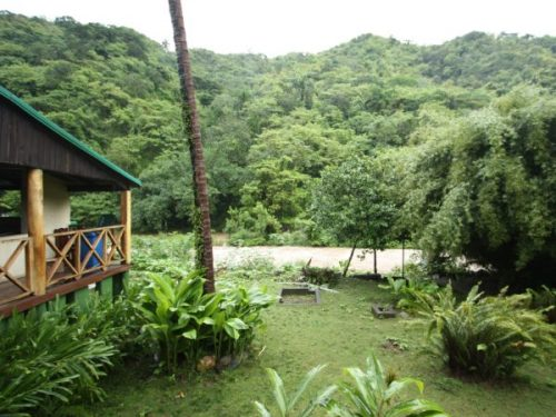 The garden of the hotel in Sierra Maestra