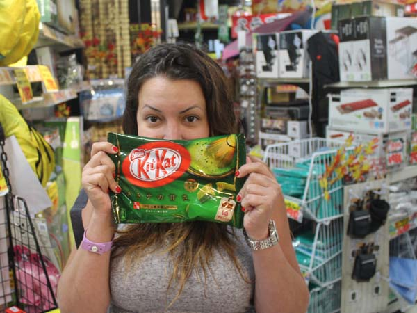Product Specialist Sophia with some green tea kitkats