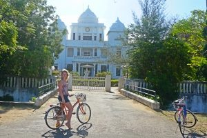 Cycling in Polonnaruwa and free time