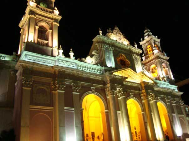 Salta Cachi night time landmark