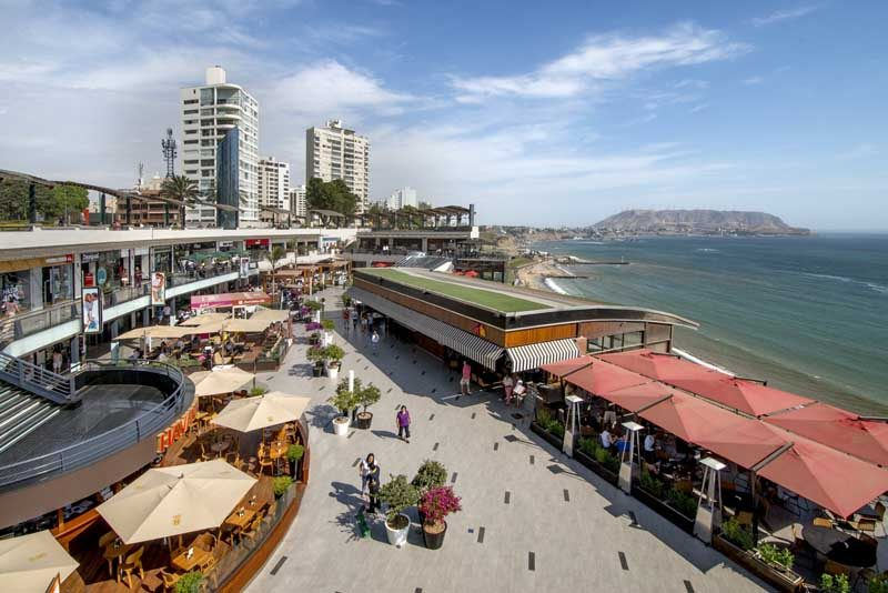 Seafront in Lima