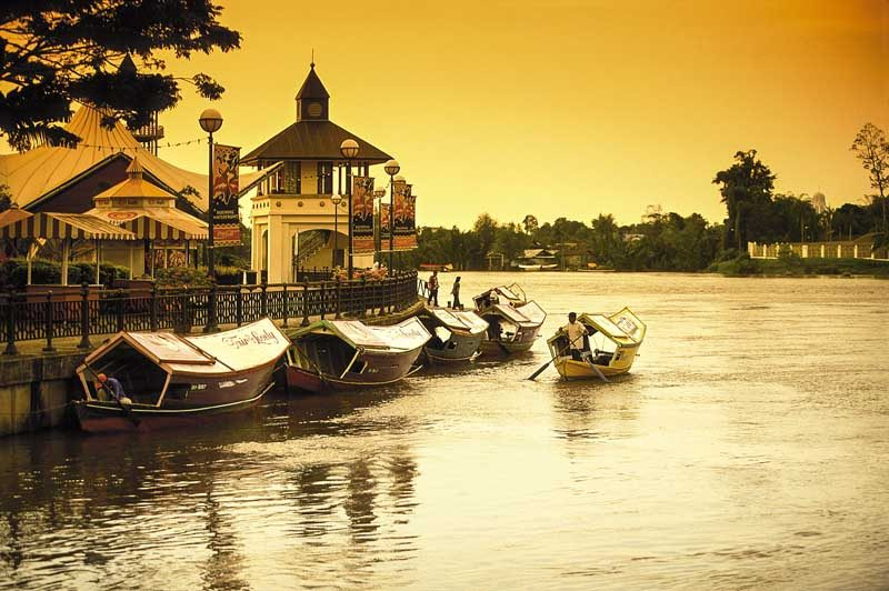 kuching waterfront borneo river