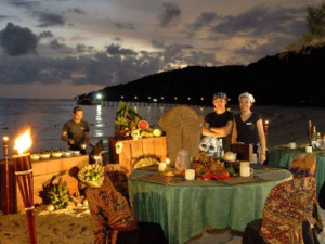 dinner on the beach on Manukan Island