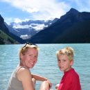 Canada-Banff-National-Park-Lake-Louise-Family