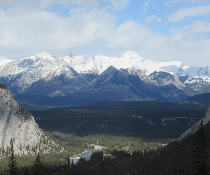 Canada-Rockies-Mountain-Snow