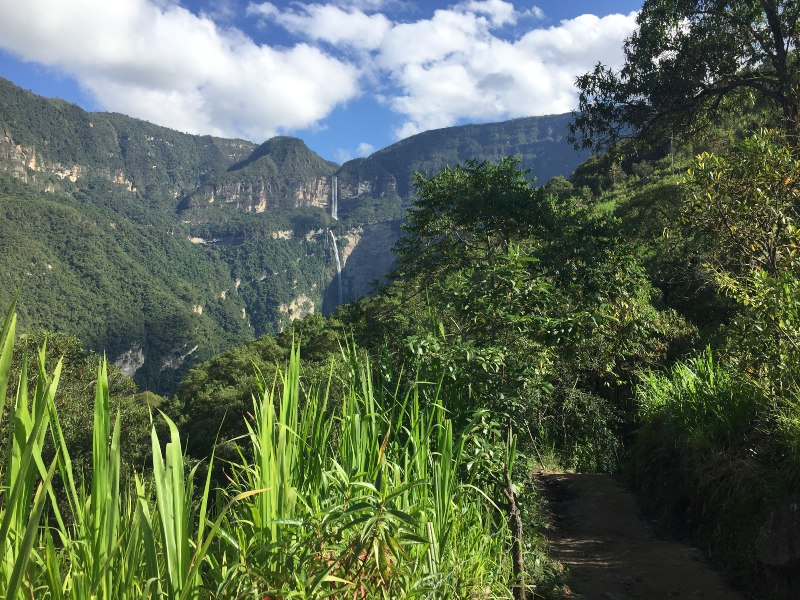 the trail to Gocta Falls