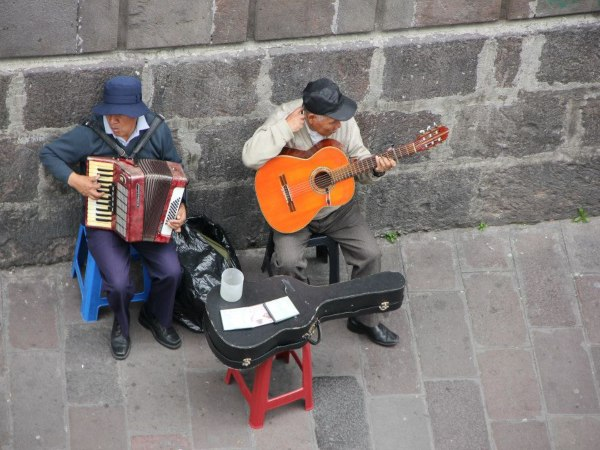 local band playing Quito