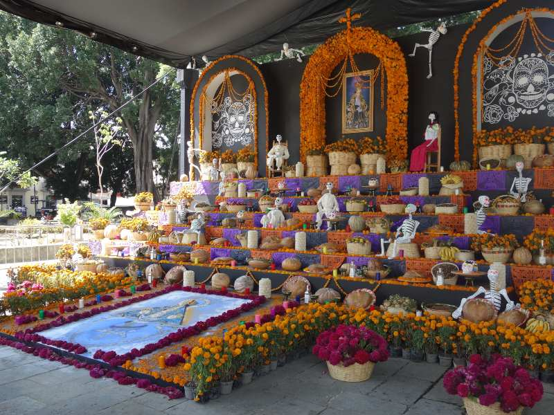 Ofrenda Altar Day of the Dead Mexico