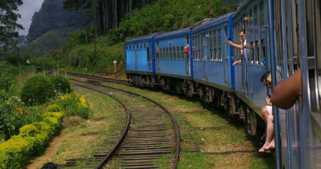 blue train in sri lanka