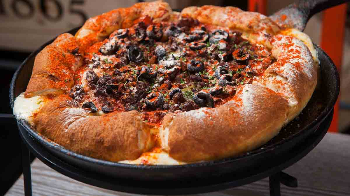 chicago deep pan pizza
