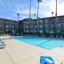 hotel with pool in pismo, usa