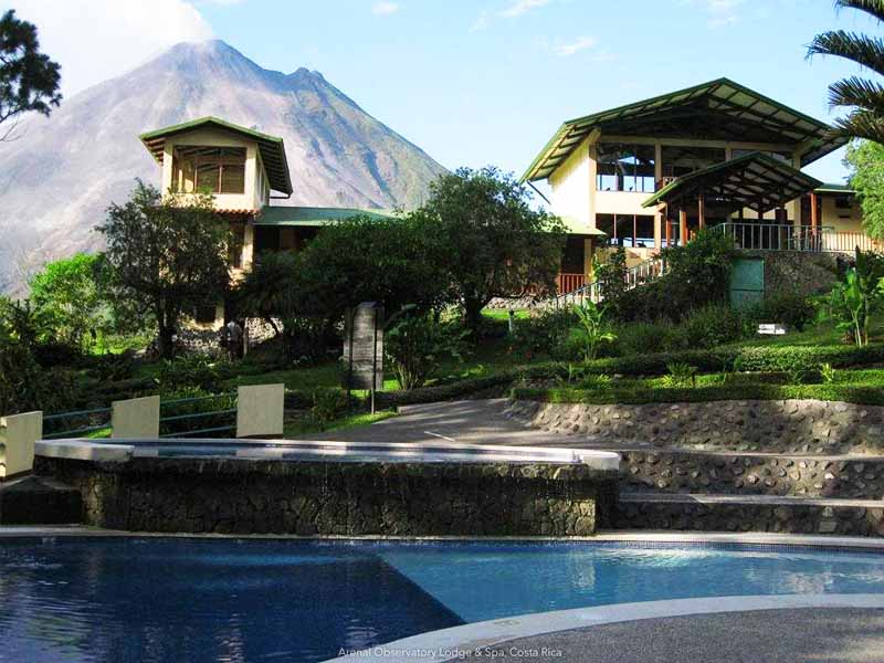 Arenal volcano and acommodation