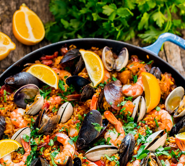 Chicken and seafood paella recipe