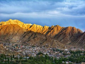 leh mountain scenery